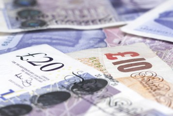 Minimum wage rises to £6.50 an hour